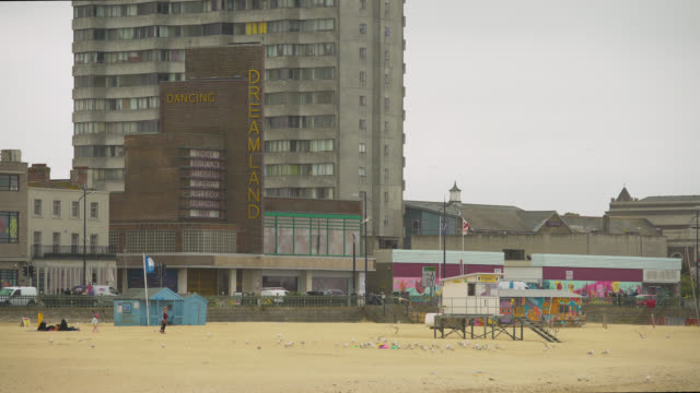 ws entrance to dreamland in margate, uk - shack stock videos & royalty-free footage