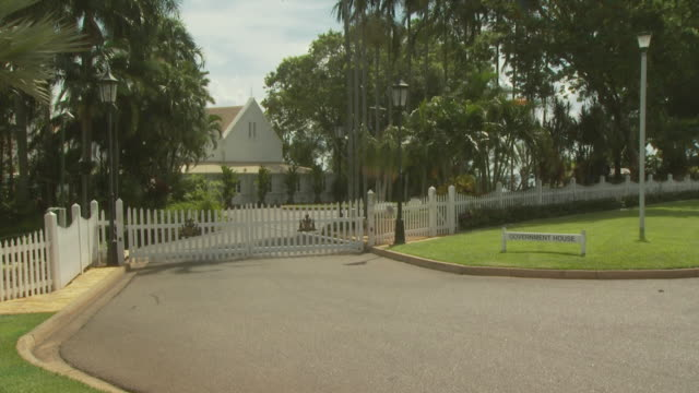 entrance to government house, darwin, nt, australia - picket fence stock videos and b-roll footage