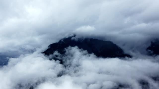 心地よく雲 - 空気感点の映像素材/bロール