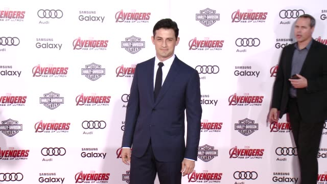 "vídeos de stock e filmes b-roll de enver gjokaj at the world premiere of marvel's ""avengers: age of ultron"" at dolby theatre on april 13, 2015 in hollywood, california. - the dolby theatre"