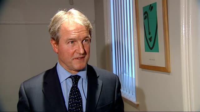 london westminster ext owen paterson mp out of car and along into cobra meeting paterson entering room owen paterson mp interview sot paterson... - owen paterson stock videos and b-roll footage