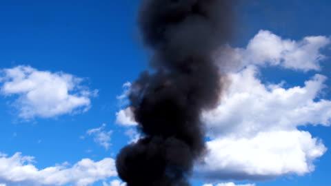 umweltzerstörung - wrack stock-videos und b-roll-filmmaterial