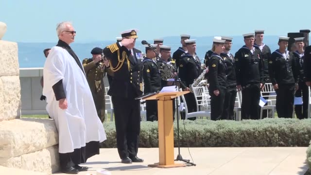 envoy to turkey dominick chilcott speaks at a commemoration ceremony at the british memorial to mark the 103rd anniversary of the gallipoli campaign... - new zealand culture stock videos & royalty-free footage