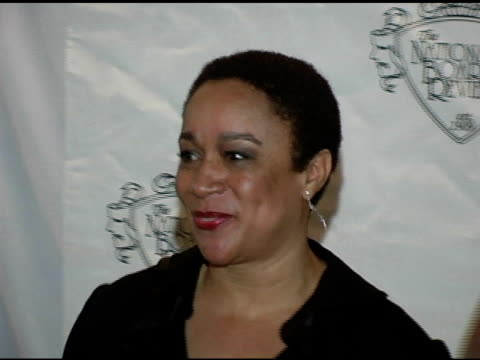 s epatha merkerson at the 2005 national board of review of motion pictures awards ceremony at tavern on the green in new york new york on january 10... - tavern on the green stock videos & royalty-free footage