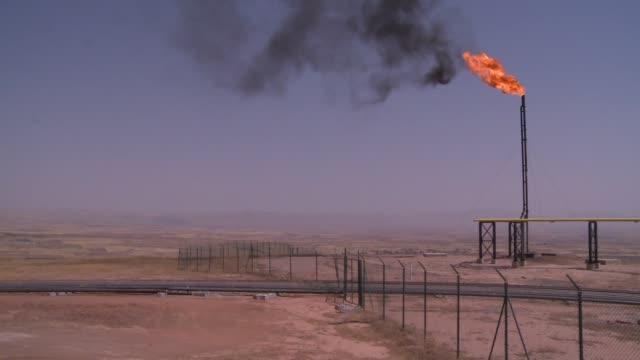 epco / taq taq crude oil processing facility in kurdistan in northern iraq. - iraq stock videos & royalty-free footage