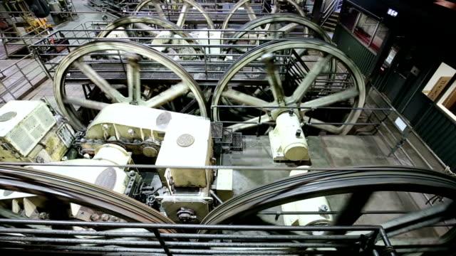 ausrüstung für seilbahn - trolleybus stock-videos und b-roll-filmmaterial