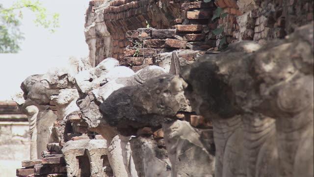 pan erawan shrine / bangkok, thailand - エラワン聖堂点の映像素材/bロール