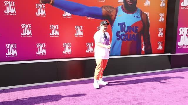 """eric bauza attends the premiere of warner bros """"space jam: a new legacy"""" at regal live on july 12, 2021 in los angeles, california. - space jam stock videos & royalty-free footage"""