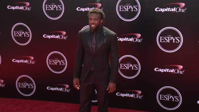 vídeos y material grabado en eventos de stock de eric berry at the 2016 espy awards at microsoft theater on july 13 2016 in los angeles california - premios espy