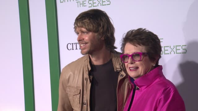 """eric christian olsen and billie jean king at """"battle of the sexes"""" los angeles premiere presented by fox searchlight at regency village theatre on... - ビリー・ジーン・キング点の映像素材/bロール"""