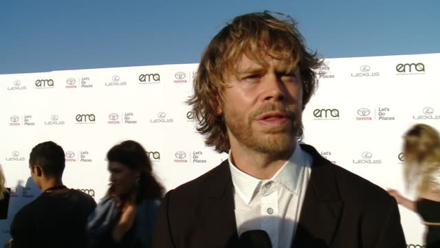 interview eric christian olsen and sarah wright on why now more than ever it's important to support environment causes on what messages they have for... - バーカーハンガー点の映像素材/bロール