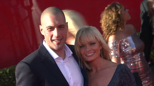 eric cubiche, jaime pressly at the 2011 espy awards at los angeles ca. - espy awards stock videos & royalty-free footage