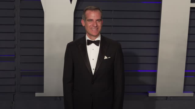 eric garcetti at 2019 vanity fair oscar party hosted by radhika jones at wallis annenberg center for the performing arts on february 24, 2019 in... - vanity fair oscar party stock videos & royalty-free footage
