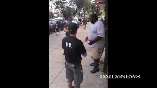 eric garner father of six died after a sidewalk takedown by five nypd officers making an arrest outside a tompkinsville beauty parlor - arrest stock videos & royalty-free footage