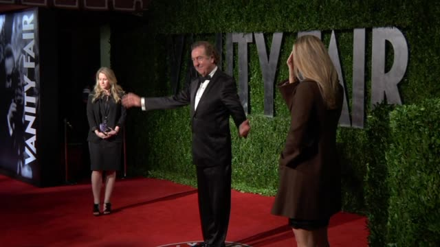 eric idle at the 2010 vanity fair oscar party hosted by graydon carter at west hollywood ca - eric idle stock-videos und b-roll-filmmaterial