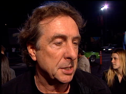 eric idle at the 'bicentennial man' premiere at the el capitan theatre in hollywood california on december 13 1999 - eric idle stock-videos und b-roll-filmmaterial
