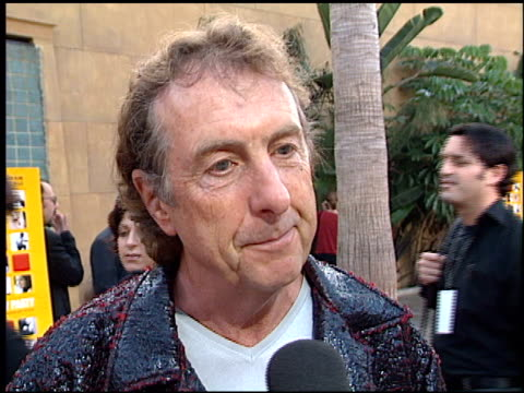 eric idle at the premiere of 'the anniversary party' at the egyptian theatre in hollywood california on june 6 2001 - eric idle stock-videos und b-roll-filmmaterial