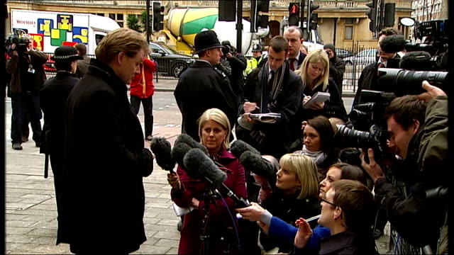 stockvideo's en b-roll-footage met eric joyce avoids prison sentence after assault conviction london westminster eric joyce stands talking to press outside court and away - vermijden