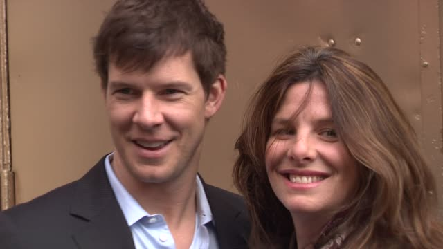 vidéos et rushes de eric mabius and ivy sherman at the 'god of carnage' broadway opening arrivals at new york ny - eric