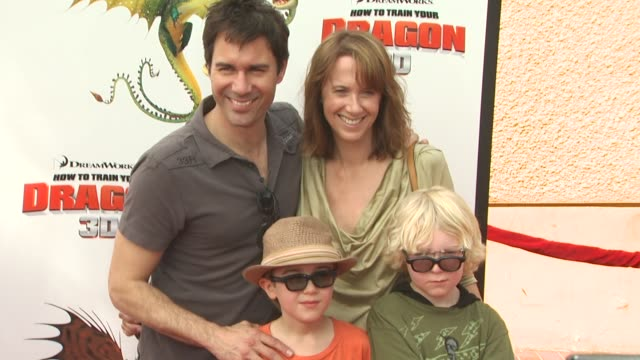 eric mccormack and family at the 'how to train your dragon' premiere at universal city ca - how to train your dragon stock videos & royalty-free footage