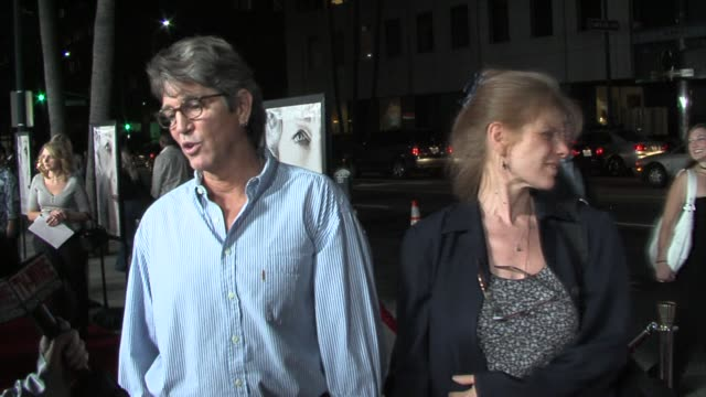 eric roberts and eliza roberts at the the queen los angeles premiere at academy of motion picture arts & sciences in beverly hills, california on... - academy of motion picture arts and sciences video stock e b–roll