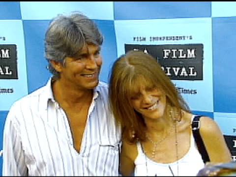 vidéos et rushes de eric roberts and wife eliza roberts at the 'little miss sunshine' premiere at wadsworth theatre in los angeles california on july 2 2006 - eric roberts