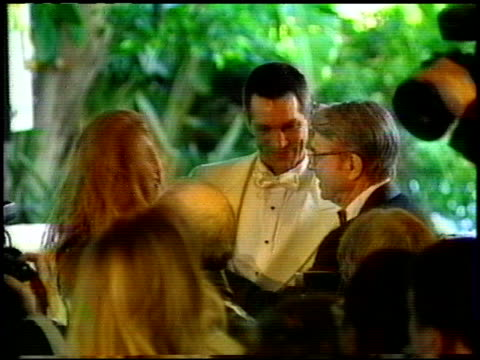 vidéos et rushes de eric roberts at the beverly hills hotel reopening at the beverly hilton in beverly hills california on june 3 1995 - eric roberts
