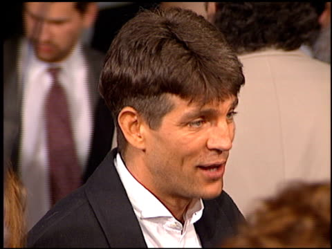 vidéos et rushes de eric roberts at the premiere of 'the birdcage' on march 5 1996 - eric roberts
