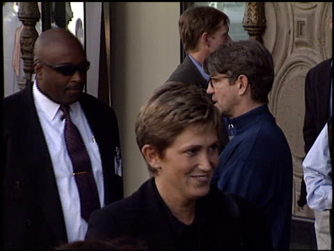 vidéos et rushes de eric roberts at the premiere of 'the jungle book 2' at the el capitan theatre in hollywood california on february 9 2003 - eric roberts