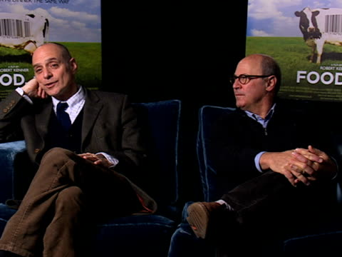 eric schlosser and robert kenner on the documentary making it this far from 2002 on the oscar nomination at the food inc interview at london england - ドキュメンタリー映画点の映像素材/bロール