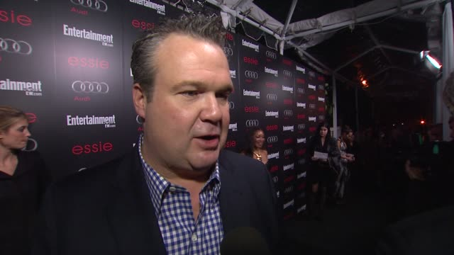 interview eric stonestreet on being recognized by fellow actors on whether awards season ever gets old on being nominated at entertainment weekly... - entertainment weekly stock-videos und b-roll-filmmaterial