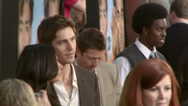 vidéos et rushes de eric winter at the 'harold and kumar escape from guantanamo bay' premiere at arclight cinemas in hollywood california on april 18 2008 - eric