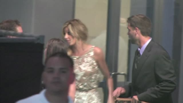 vídeos de stock, filmes e b-roll de erin andrews at the 2011 espy awards in los angeles - espy awards