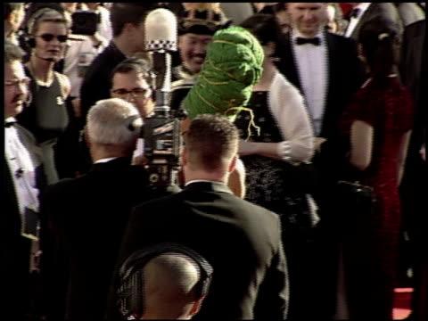 vidéos et rushes de erykah badu at the 2000 academy awards at the shrine auditorium in los angeles california on march 26 2000 - 72e cérémonie des oscars