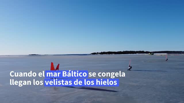 """es un deporte minoritario que se practica en invierno en las costas de finlandia y que gana cada vez más adeptos. quienes lo practican """"vuelan"""" sobre... - hielo video stock e b–roll"""