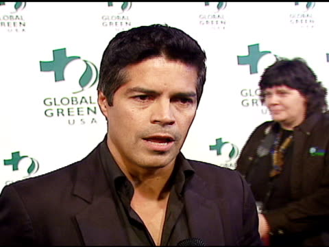 stockvideo's en b-roll-footage met esai morales on caring about the environment at the 3rd annual pre-oscar party hosted by global green usa on february 21, 2007. - oscar party