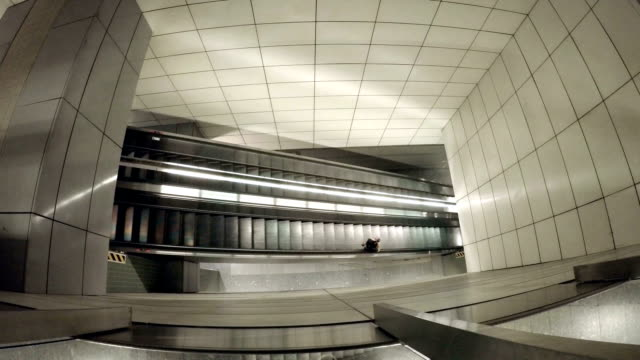 escalator - exchange rate stock videos & royalty-free footage