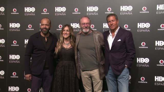 stockvideo's en b-roll-footage met hbo españa team hbo spain presentation premiere on december 16 2016 in madrid spain - sarah jessica parker