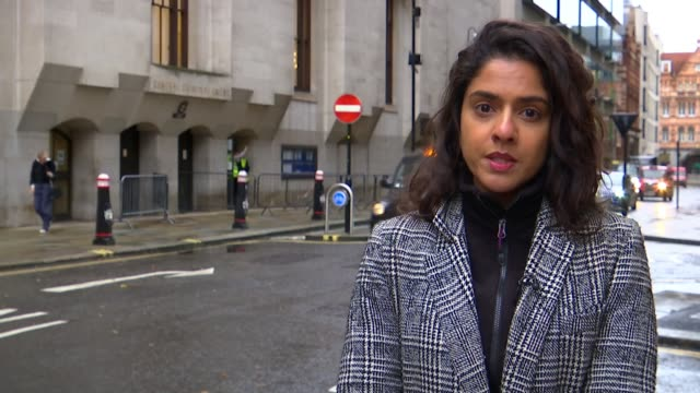 court hears details about victims; england: london: central criminal court : ext reporter to camera - itv london tonight stock-videos und b-roll-filmmaterial