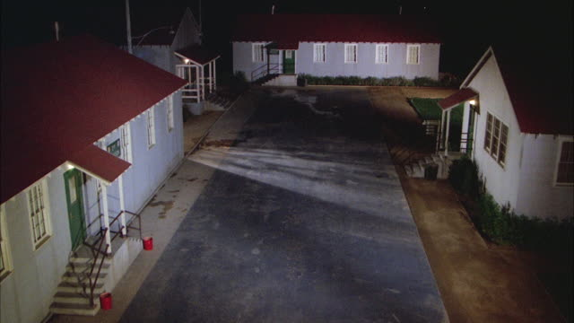 WS Establish army barracks at night