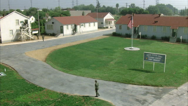 ws tu establish fort bradley training center - army stock-videos und b-roll-filmmaterial