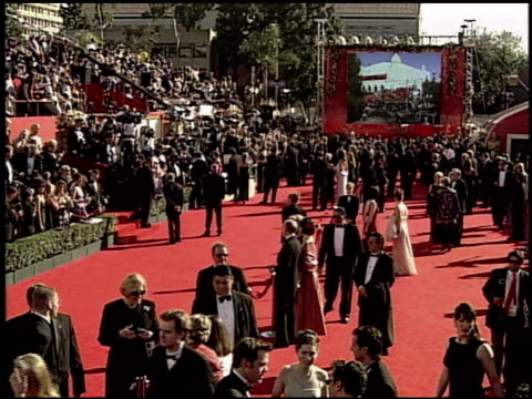 establishing at the 2000 academy awards at the shrine auditorium in los angeles california on march 26 2000 - 72nd annual academy awards stock videos and b-roll footage