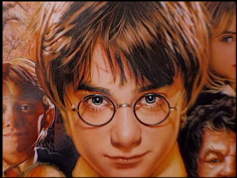 establishing at the 'harry potter' premiere on november 14 2001 - harry potter stock videos & royalty-free footage