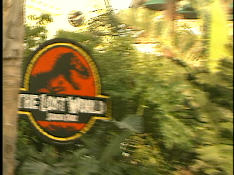 Establishing at the The Lost World Premiere at Universal City Walk