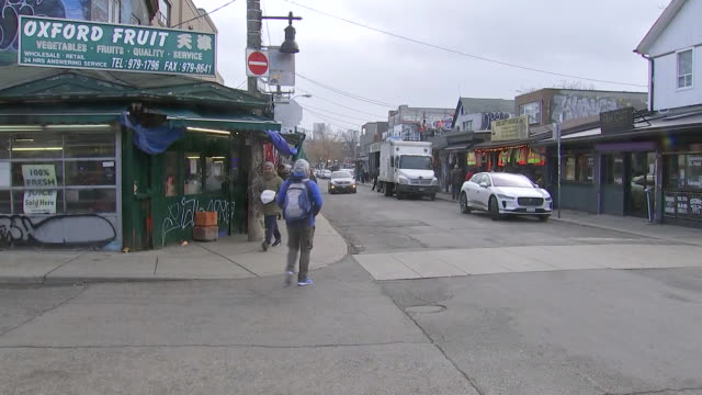 establishing shot of oxford fruit in kensington market. - healthcare and medicine or illness or food and drink or fitness or exercise or wellbeing stock videos & royalty-free footage