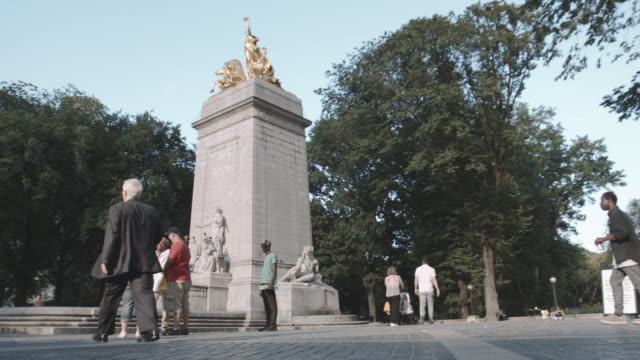 Establishing shot of the Southwestern entrance of NYC's Central Park.