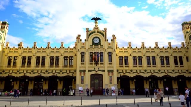 vídeos y material grabado en eventos de stock de estacion del nord - valencia - estación de tren
