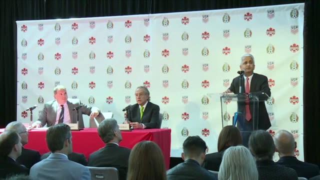 Estados Unidos Mexico y Canada anunciaron el lunes una oferta comun para organizar la Copa del Mundo de 2026 que convertiria a esos paises en los...