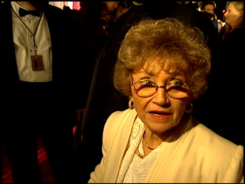 estelle getty at the comedy awards 94 at the shrine auditorium in los angeles california on march 6 1994 - ジャーマンコメディアワード点の映像素材/bロール