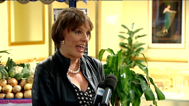 Esther Rantzen speech SOT May have to claim expenses every penny will be there on the Internet